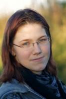 Nadine-Schäkel-Porträt-200x300