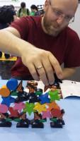 Ein Spiel für Boronis: Ruhe und Gelassenheit hilft beim Rabenstapeln. Wir benötigten drei Anläufe.